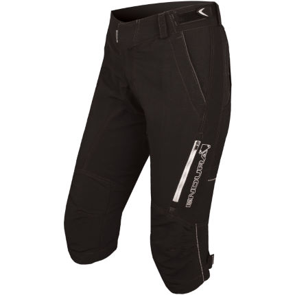 Endura  Women's SingleTrack II 3/4 Length Shorts