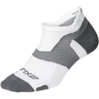 Chaussettes 2XU Vectr Light Cushion No Show (blanches)