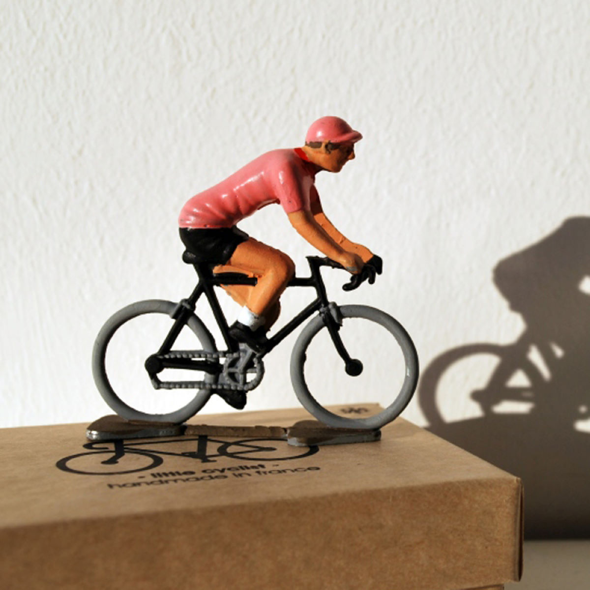 Figurine Cycling Souvenirs Mini-cycliste maillot rose - Taille unique