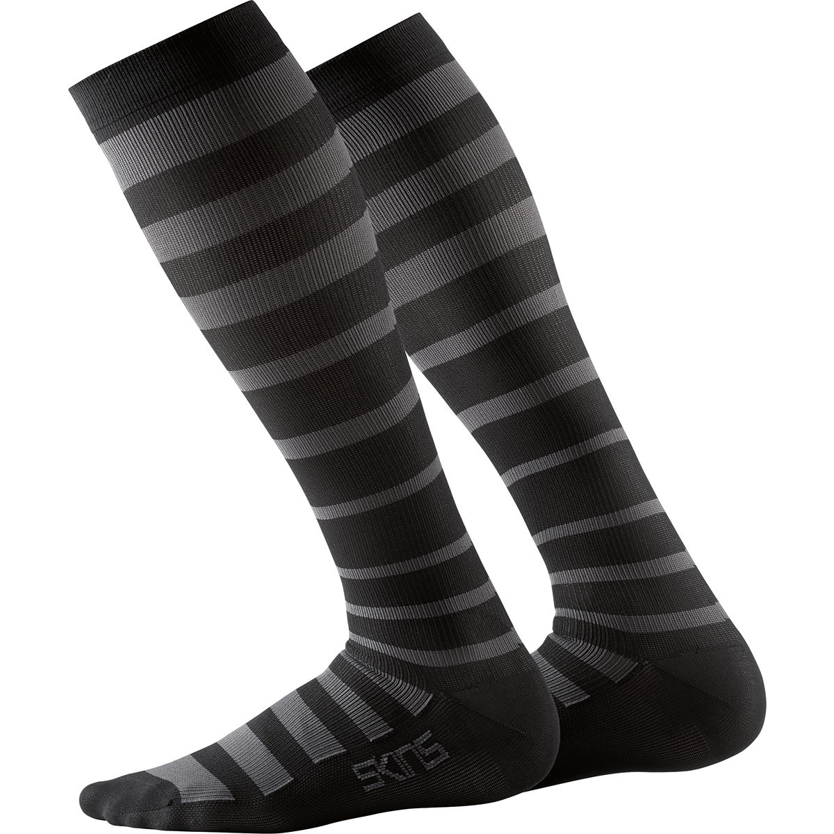 SKINS Essentials Recovery Compression Sock - S Black