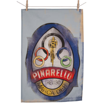 cycling-souvenirs-pinarello-head-badge-tea-towel-geschenke