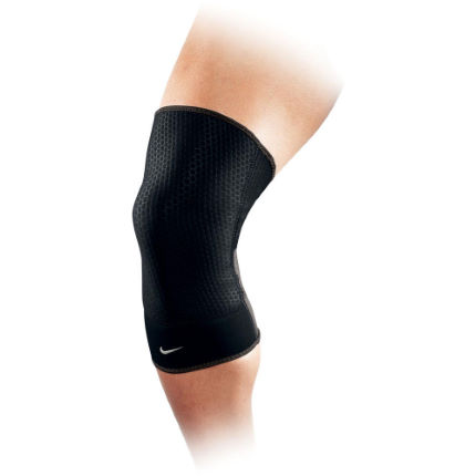 Nike Closed Patella Knee Sleeve - FA14