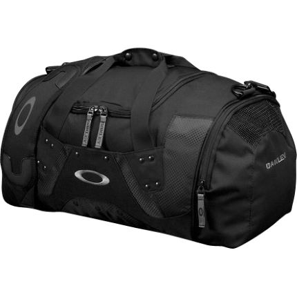 Oakley Carry Duffel Bag Small - 31 Litres