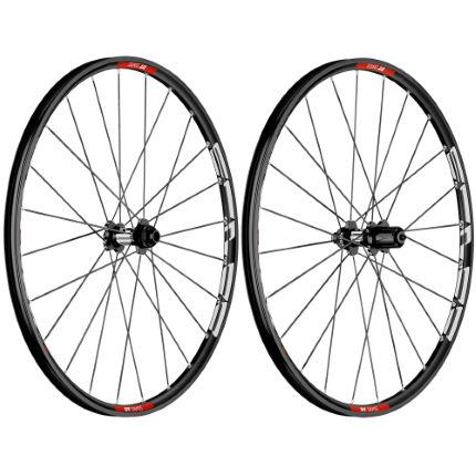 DT Swiss M 1700 Tricon Wheelset