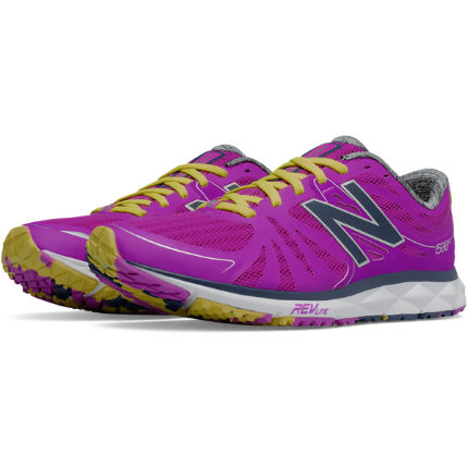 New Balance Women's 1500v2 Shoes (AW16)