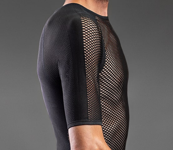 Man wearing GripGrab baselayer