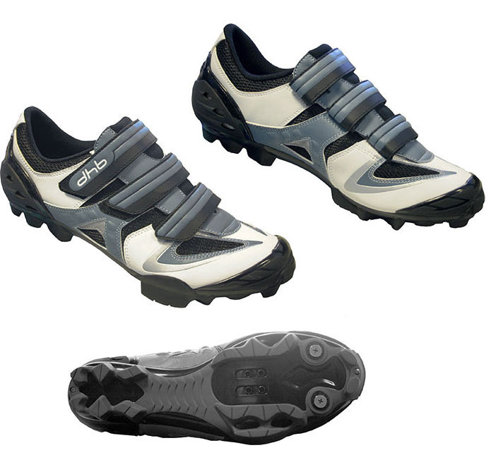 http://www.wiggle.co.uk/images/dhb-m1-b-b-shoes-zoom.jpg
