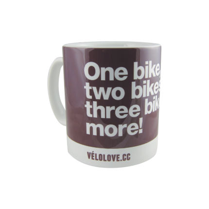 Velolove One bike, two bikes, three bikes, more! Mug