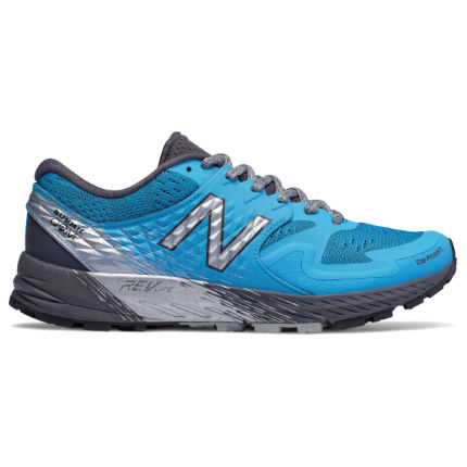 New Balance Women's Summit KOM v1 Shoes