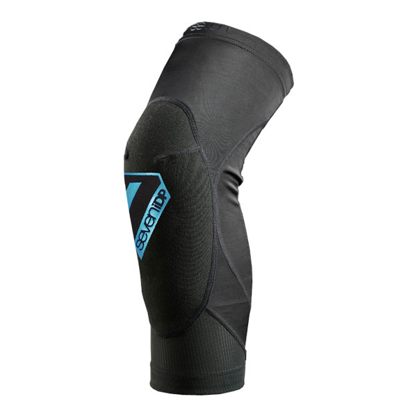 7 iDP Youth Transition Knee Pads | Amour