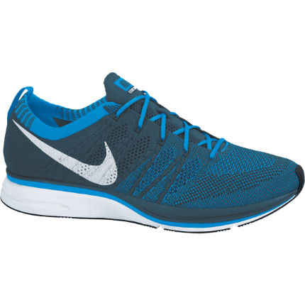 9372fbc294f5 View in 360° 360° Play video. 1.  . 3. Nike Flyknit Trainer ...