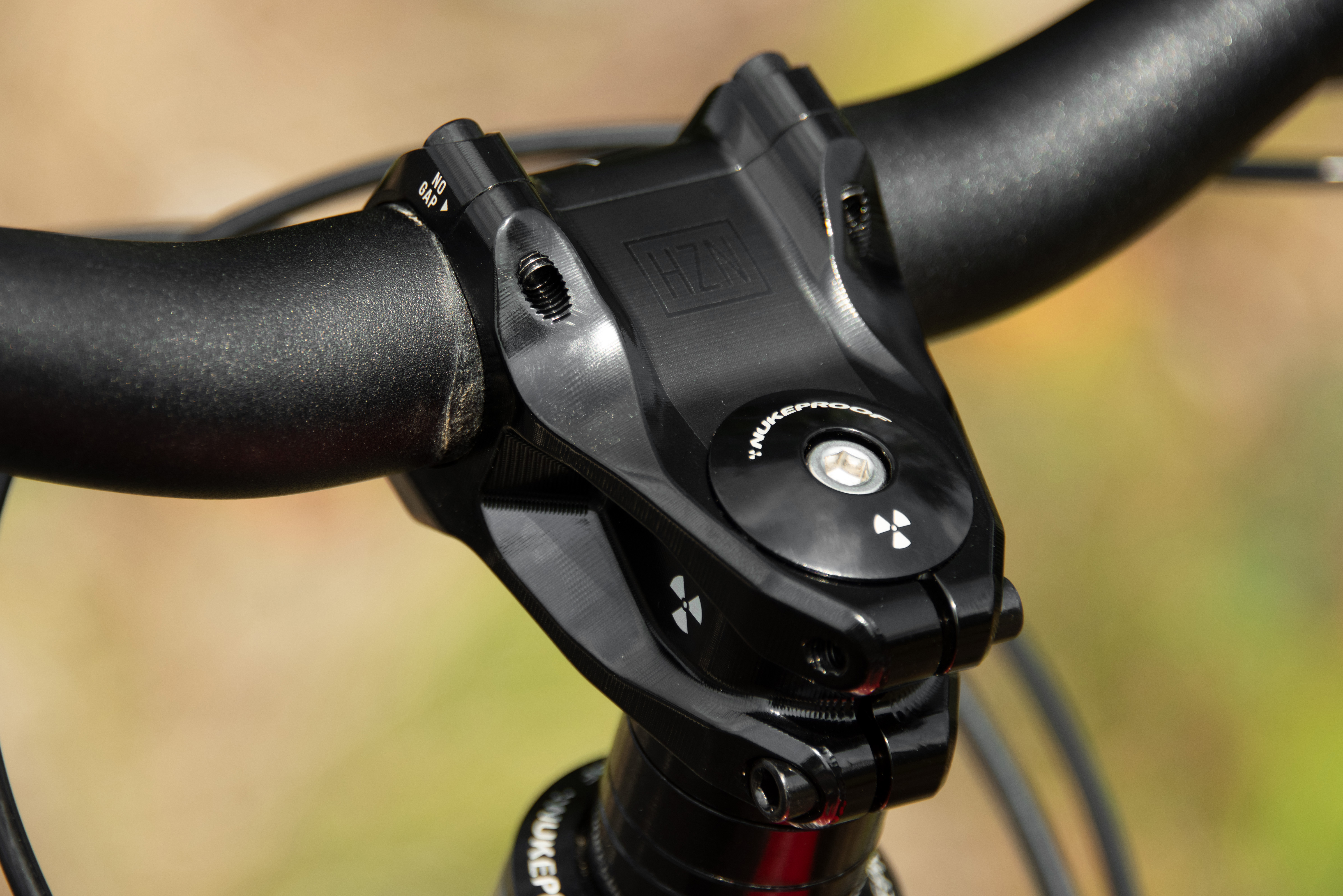 Nukeproof Top Cap and Star Nut | Top caps